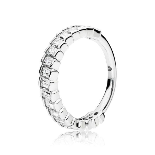 Ring Glacial Beauty