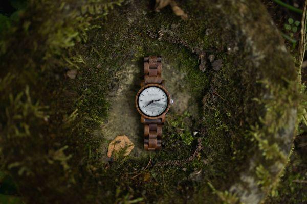 Armbanduhr Luft